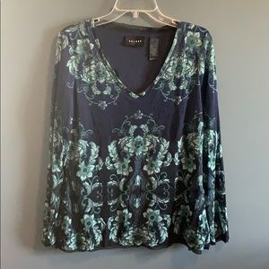 Axcess patterned top
